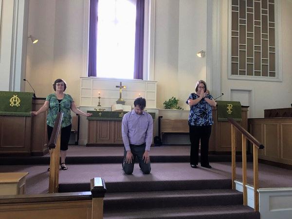 prayer poses a